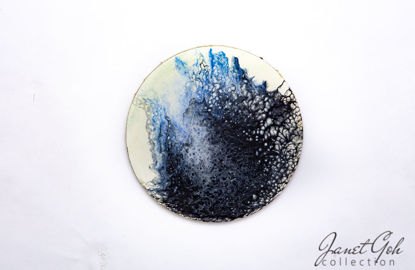 Picture of 10-inch Round - Blue Black Cells - Acrylic Pour Painting