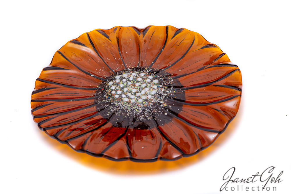 Picture of 12-inch Round Fused Glass Plate - Sunflower