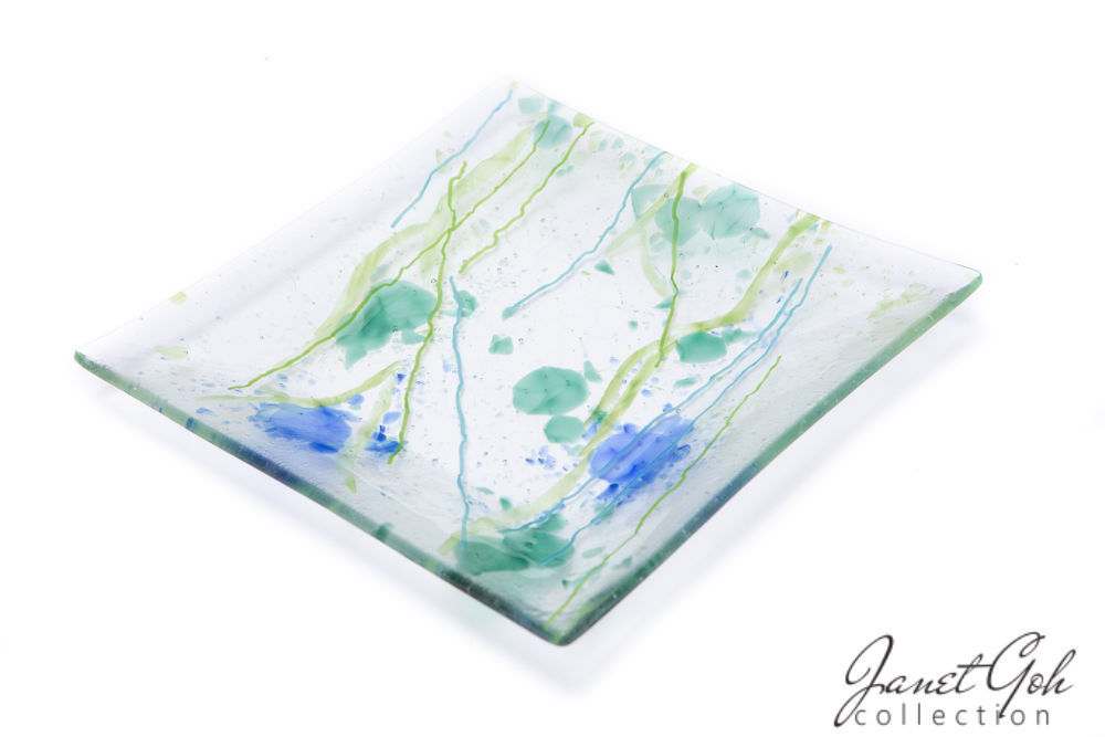 Picture of 11-inch Square Fused Glass Plate - Abstract Blots